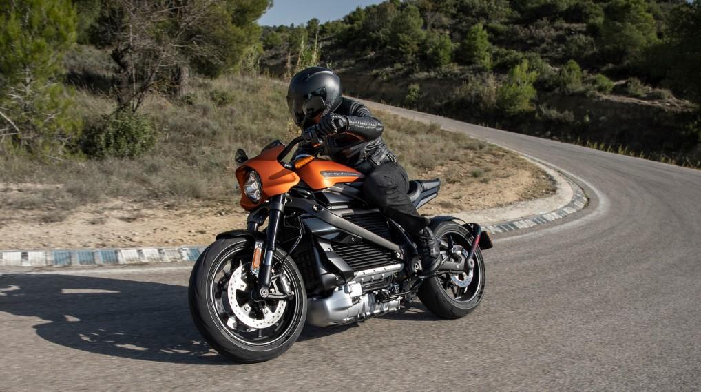 Wenn die Harley-Davidson surrt